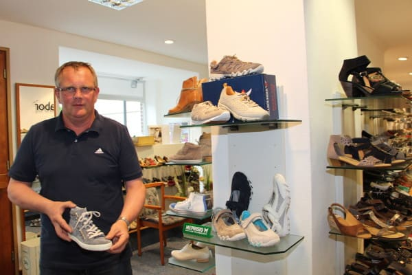 Gan(s)z starke Preise: Ab heute Geburtstagsverkauf beim Schuh- und Sporthaus Niemann