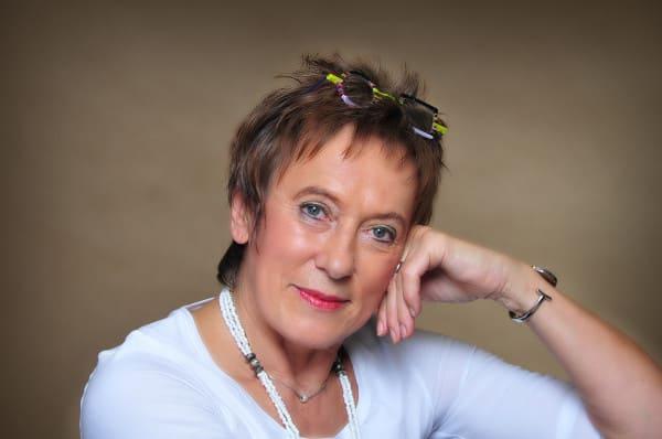 """Gisa Pauly liest aus ihrem Roman """"Sonnendeck"""""""