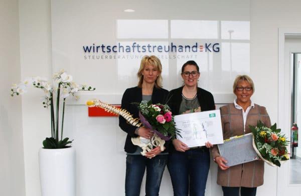 Extra-Service: Agnes Bornhorst organisiert Workshop zu den Themen Gesundes Sitzen und Organisation am Arbeitsplatz