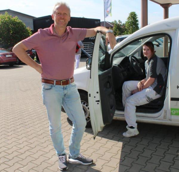 Malerbetrieb Tiemerding bezahlt Auszubildender den Führerschein