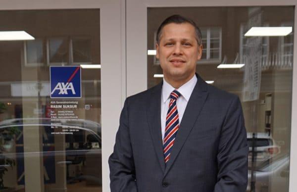 Zum Ausbildungstart: Berufsunfähigkeitsversicherung bei der AXA-Agentur Suksur abschließen